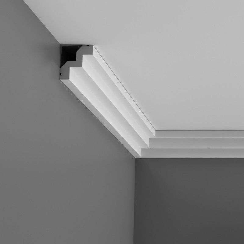 C602 Small stepped cornice
