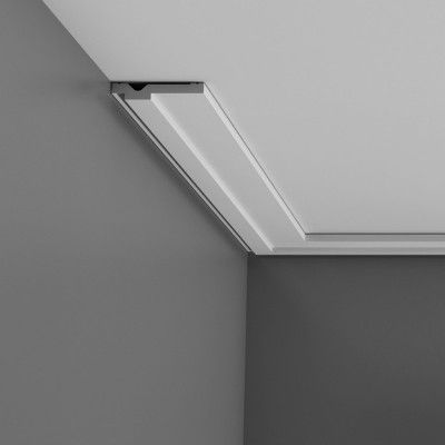 Contemporary plain ceiling coving