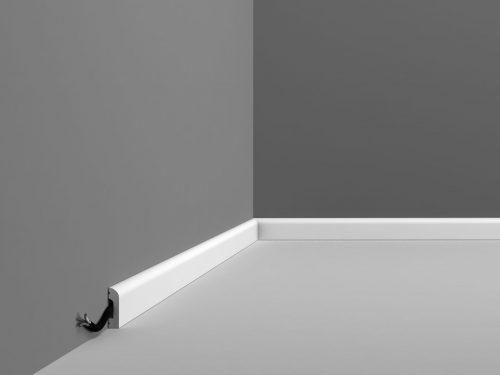 SX182 small plain contemporary skirting