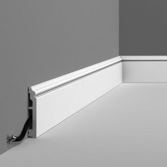 SX173 Regency skirting board