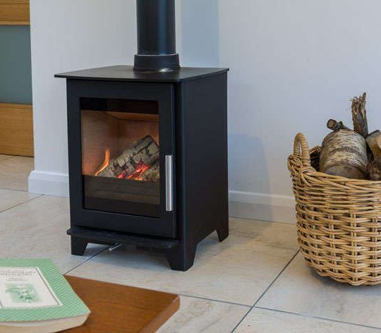 Heta Inspire 40 multi-fuel stove